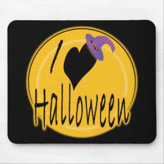 I (heart) love Halloween with Witch's Hat Mouse Pad