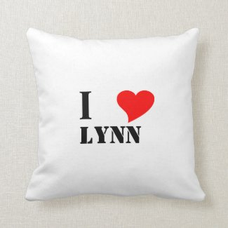 I heart Lynn Throw Pillow