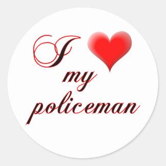 "I ""heart"" My Policeman Classic Round Sticker"