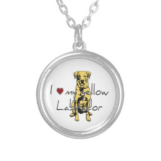 """I """"heart"""" my yellow Labrador with graphic Round Pendant Necklace"""