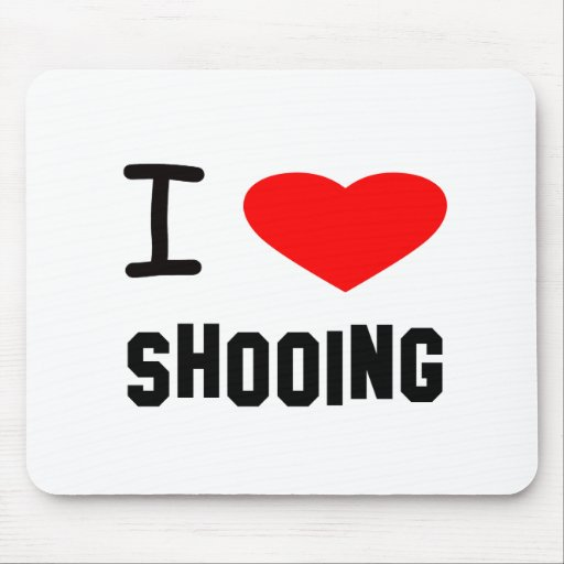 I Heart shooing Mouse Pad