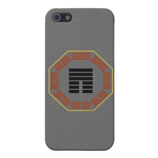 """I Hexagram 12 P'i """"obstrucción """" de Ching iPhone 5 Coberturas"""
