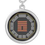 """I Hexagram 25 Wu Wang """"inocencia """" de Ching Collar"""