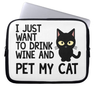 I Just Want To Drink Wine Laptop Sleeve