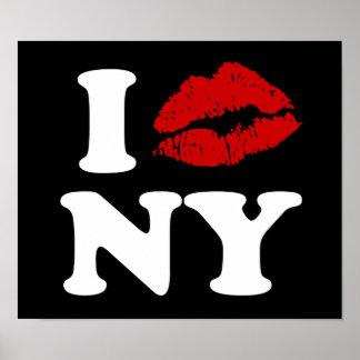 I Kiss New York Poster