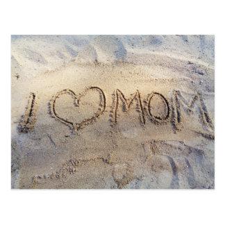 I la mamá del corazón, palabras en la arena postal
