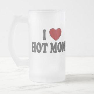 I las mamáes calientes del corazón helaron la taza
