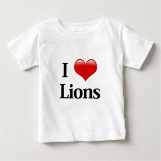 I leones del corazón playera para bebé