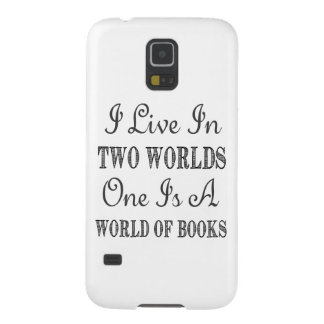 I Live In Two Worlds - Books and Reading Quote Galaxy S5 Cover