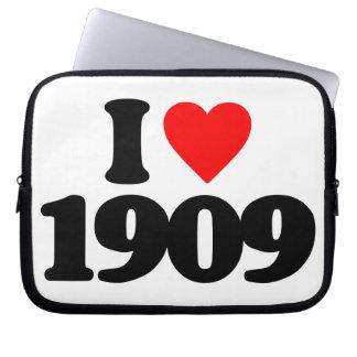 I LOVE 1909 LAPTOP SLEEVE