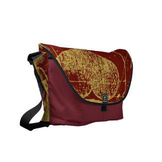 I love 1941 - crimson vintage - Messenger Bags