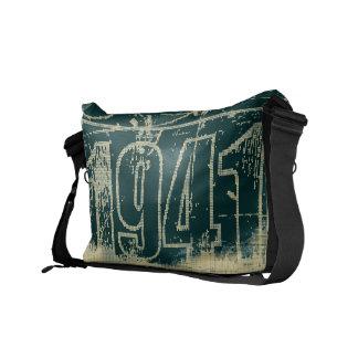 I love 1941 - Dark blue vintage - Messenger Bags