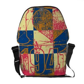 I love 1941 - Pop art vintage - Messenger Bags