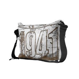 I love 1941 - vintage - Messenger Bags