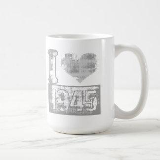 I love 1945 Vintage - Mug