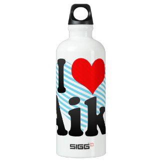 I love Aiki Aluminum Water Bottle