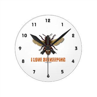 I Love Beekeeping (Bee) Round Clock