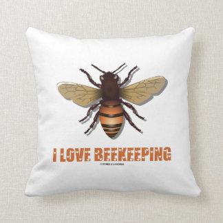 I Love Beekeeping (Bee) Throw Pillow