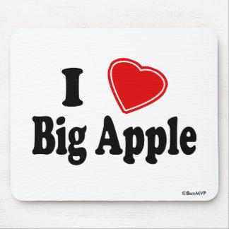 I Love Big Apple Mouse Pad