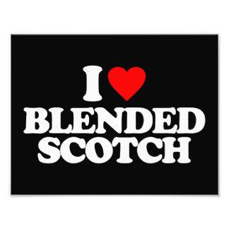 I LOVE BLENDED SCOTCH PHOTOGRAPH