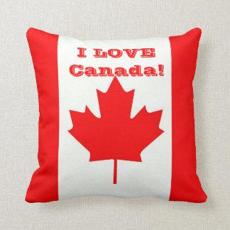 I Love Canada! Throw Pillow