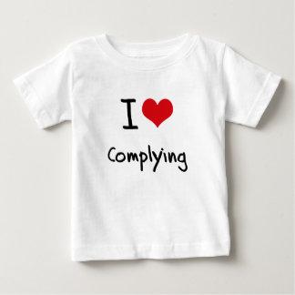 I love Complying Tshirts