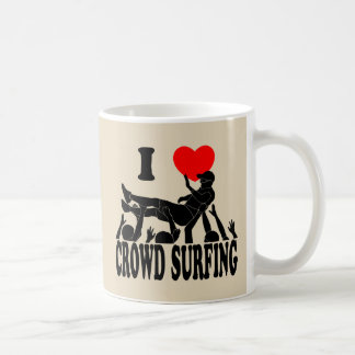 I Love Crowd Surfing (male) (blk) Coffee Mug