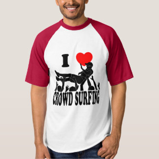 I Love Crowd Surfing (male) (blk) T-shirt