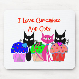 """""""I love cupcakes and cats""""--Cupcake Lovers Gifts Mouse Pad"""