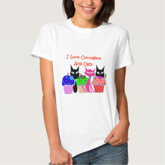 """I love cupcakes and cats""--Cupcake Lovers Gifts T-Shirt"