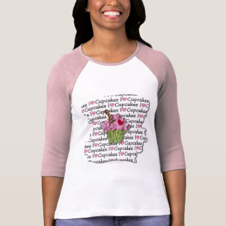 I Love Cupcakes  Gifts Apparel Collectibles T-shirt