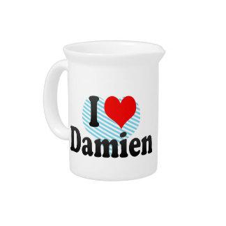 I love Damien Pitchers