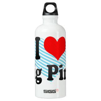I love Dig Pink SIGG Traveler 0.6L Water Bottle