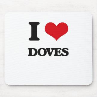 I love Doves Mousepad