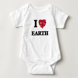 I love EARTH Tee Shirt