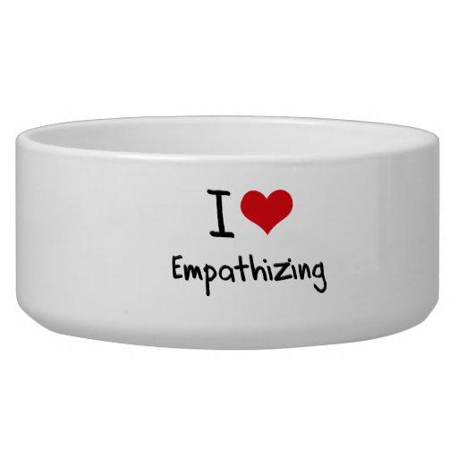 I love Empathizing Dog Food Bowls