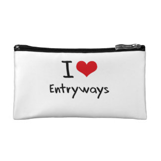 I love Entryways Cosmetics Bags
