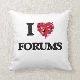 I Love Forums Throw Pillow