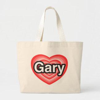 I love Gary. I love you Gary. Heart Bag