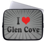 I Love Glen Cove, United States Laptop Sleeves