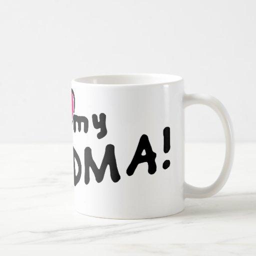 I love (heart) my grandma! coffee mug
