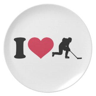 I love hockey player plate