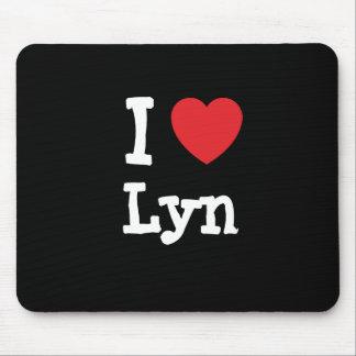 I love Lyn heart T-Shirt Mouse Pad
