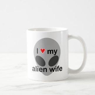 I love my alien wife coffee mug