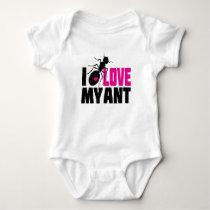 I love my ant (aunt) - funny baby creeper