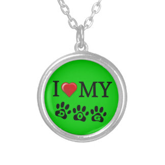 I Love My Dog Necklace Green Background