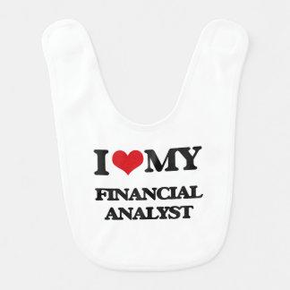 I love my Financial Analyst Bib