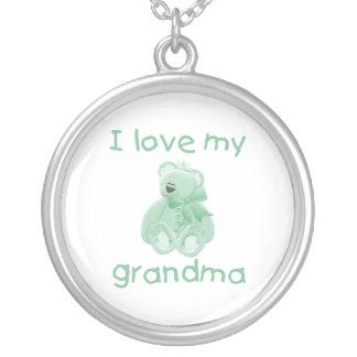 I Love My Grandma (green bear) Round Pendant Necklace