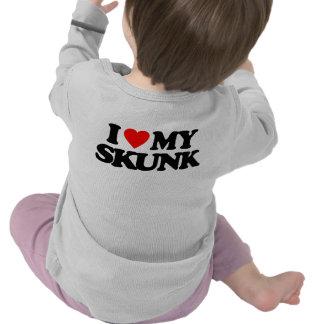I LOVE MY SKUNK T SHIRT