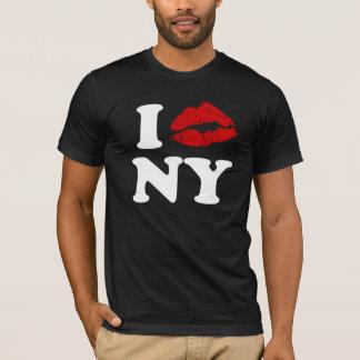 I Love New York   Red Lipstick Kissing Lips xxx T-Shirt